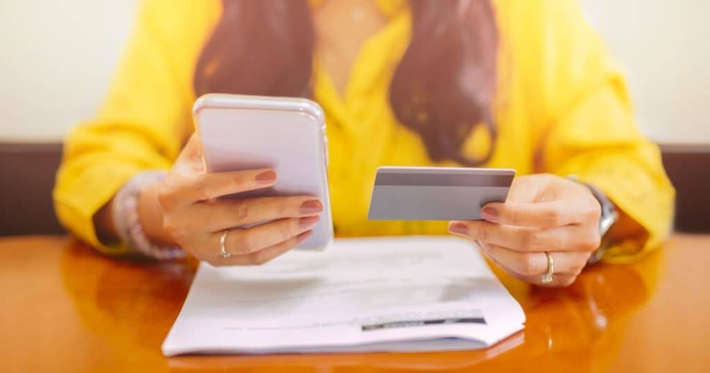 Ways to Lower Cell Phone Bill